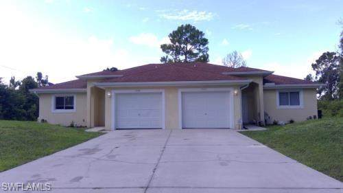 1040 Ainsworth Street E, Lehigh Acres, FL 33974 (MLS #221015353) :: Coastal Luxe Group Brokered by EXP