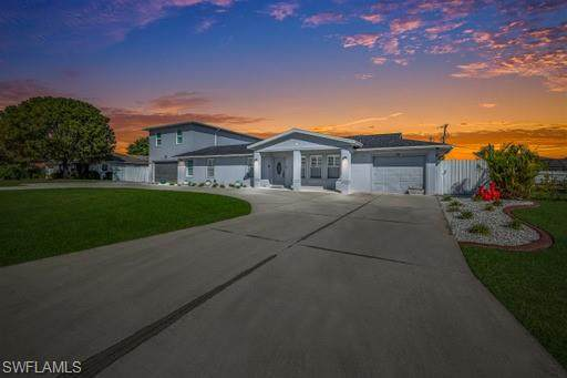 25 SW 19th Lane, Cape Coral, FL 33991 (#221015425) :: Vincent Napoleon Luxury Real Estate