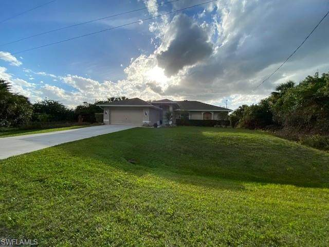 Fort Myers, FL 33905 :: RE/MAX Realty Team