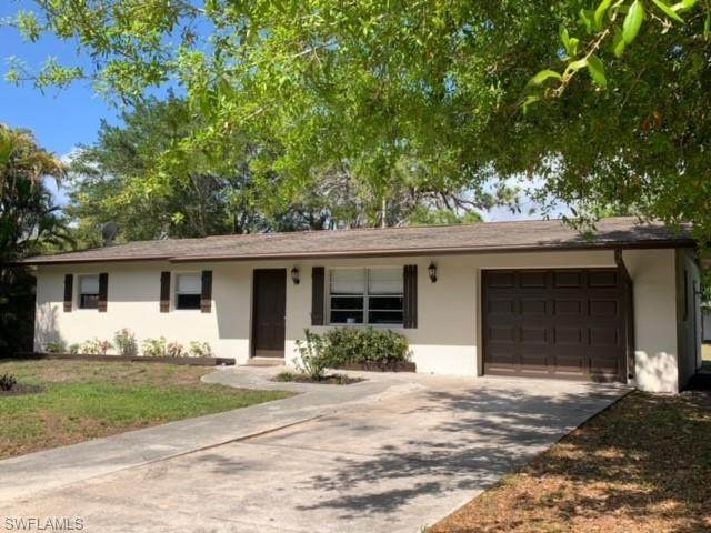 180 Dawson Drive, North Fort Myers, FL 33917 (MLS #221015667) :: RE/MAX Realty Team