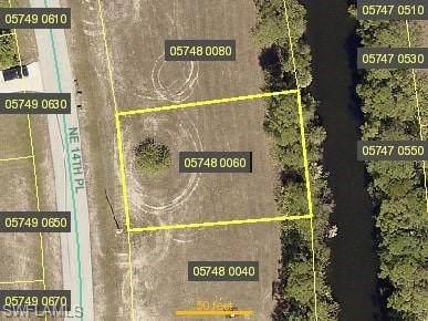 3717 NE 14th Place, Cape Coral, FL 33909 (MLS #221015767) :: Domain Realty