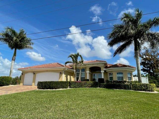 3021 SW 25th Avenue, Cape Coral, FL 33914 (MLS #221016188) :: Realty Group Of Southwest Florida