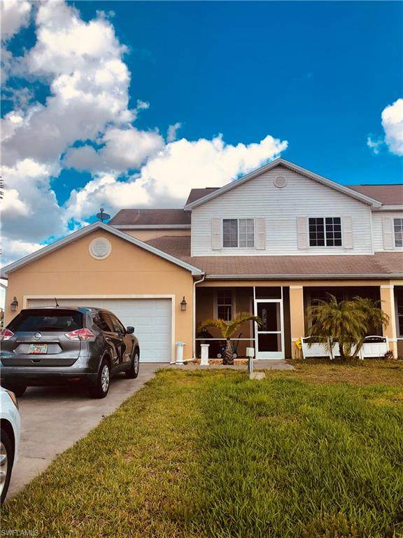 677 Grant Boulevard, Lehigh Acres, FL 33974 (#221016470) :: The Michelle Thomas Team
