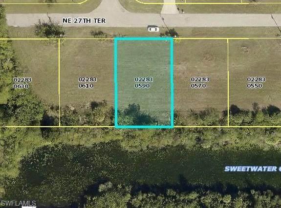 1702 NE 27th Terrace, Cape Coral, FL 33909 (MLS #221016685) :: Domain Realty