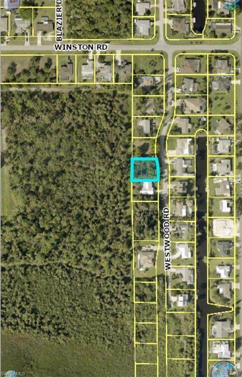 2311 Westwood Road, North Fort Myers, FL 33917 (MLS #221018824) :: Realty Group Of Southwest Florida