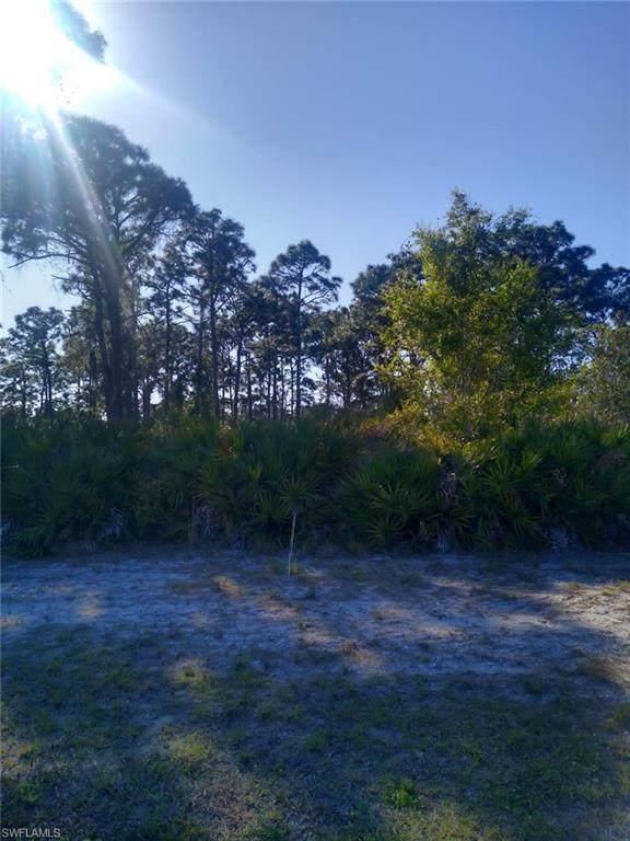 228 Fairway Road, Rotonda West, FL 33947 (MLS #221019269) :: Premiere Plus Realty Co.