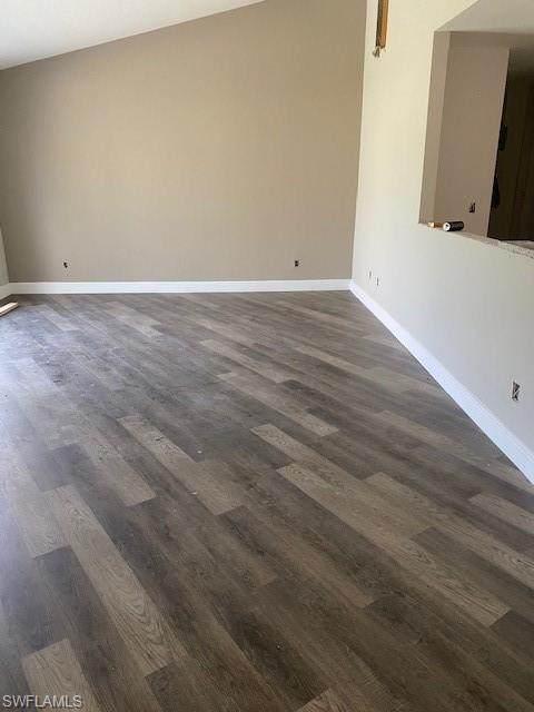 339 Fairwind Court, Lehigh Acres, FL 33936 (MLS #221020054) :: #1 Real Estate Services