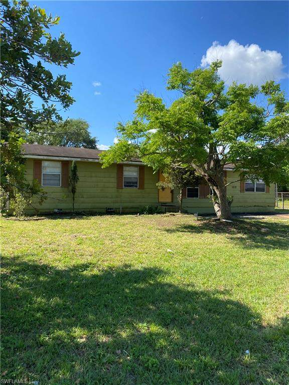 1012 Kentucky Avenue, Clewiston, FL 33440 (MLS #221025391) :: Wentworth Realty Group