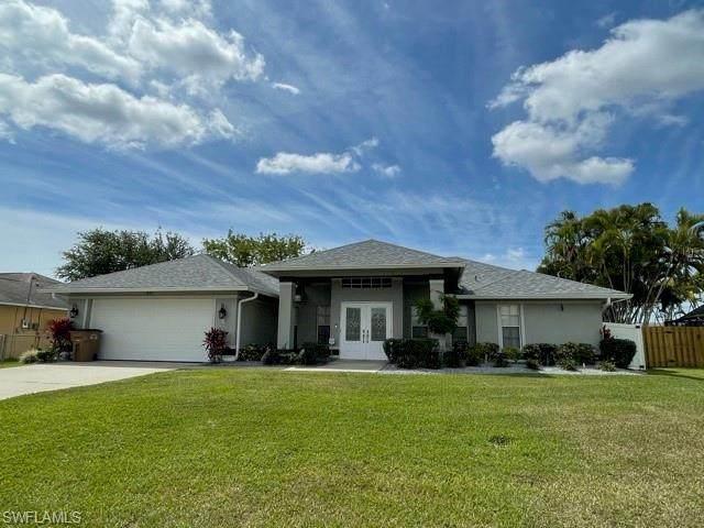 310 SE 31st Street, Cape Coral, FL 33904 (MLS #221027554) :: Medway Realty