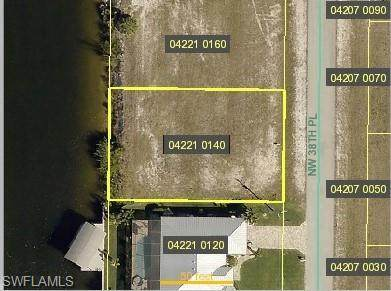 1014 NW 38th Place, Cape Coral, FL 33993 (MLS #221027586) :: Wentworth Realty Group