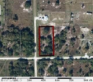 127 Avenida Del Centro, Clewiston, FL 33440 (MLS #221027613) :: RE/MAX Realty Group