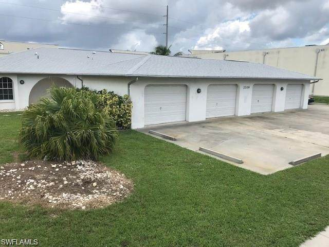 2709 SW Santa Barbara Place 1-4, Cape Coral, FL 33914 (#221028338) :: Southwest Florida R.E. Group Inc