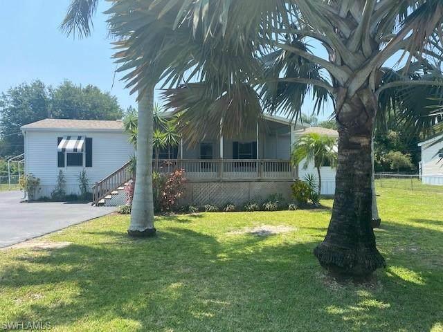 11337 Sunray Drive, Bonita Springs, FL 34135 (MLS #221028466) :: Team Swanbeck