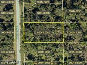 716 Scott Avenue, Lehigh Acres, FL 33972 (MLS #221028565) :: NextHome Advisors