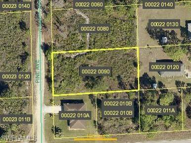 1752 Pine Avenue, Lehigh Acres, FL 33972 (MLS #221028571) :: NextHome Advisors