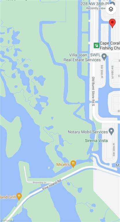 122 NW 38th Place, Cape Coral, FL 33993 (MLS #221028933) :: #1 Real Estate Services