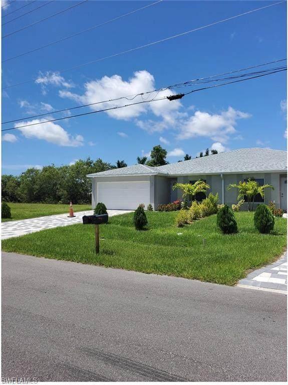 311 SW 47th Terrace, Cape Coral, FL 33914 (MLS #221029101) :: Avantgarde