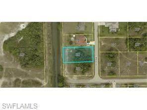 703 Otto Avenue N, Lehigh Acres, FL 33971 (MLS #221029202) :: Realty World J. Pavich Real Estate