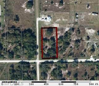 610 S Shetland Street, Clewiston, FL 33440 (MLS #221029276) :: BonitaFLProperties