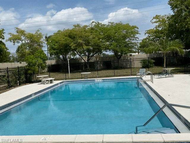 1560 Colonial Boulevard #131, Fort Myers, FL 33907 (#221029415) :: The Michelle Thomas Team