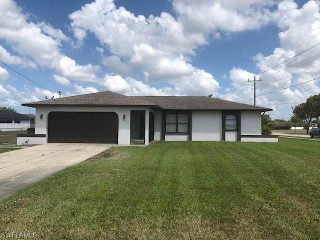1601 SW 19th Terrace, Cape Coral, FL 33991 (MLS #221030092) :: Clausen Properties, Inc.
