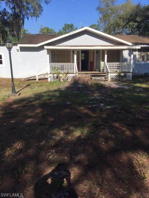 2113 Irving Avenue, Alva, FL 33920 (MLS #221030239) :: Clausen Properties, Inc.