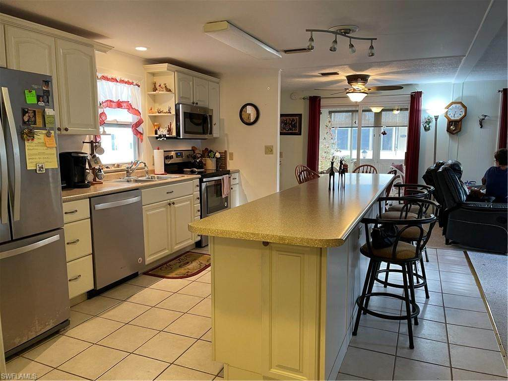 5527 Colonial Road - Photo 1