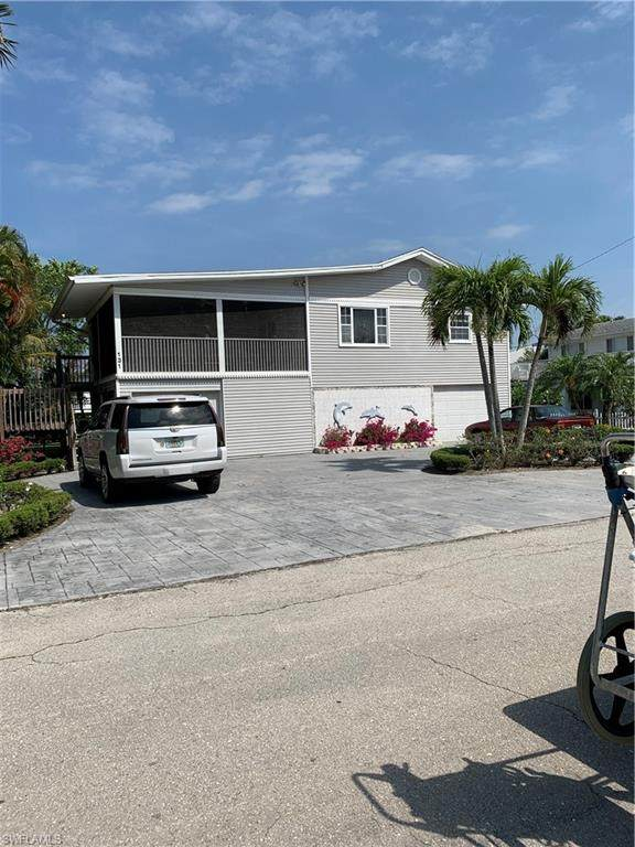 131 Gulf Island Drive, Fort Myers Beach, FL 33931 (MLS #221030967) :: RE/MAX Realty Team