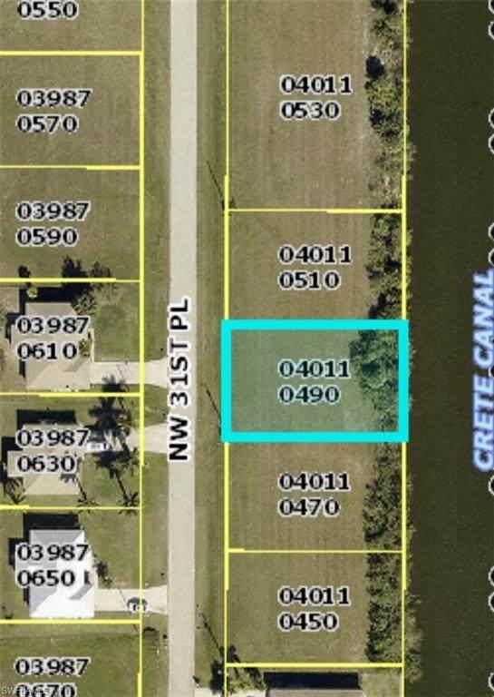 223 NW 31st Place, Cape Coral, FL 33993 (#221034552) :: Southwest Florida R.E. Group Inc