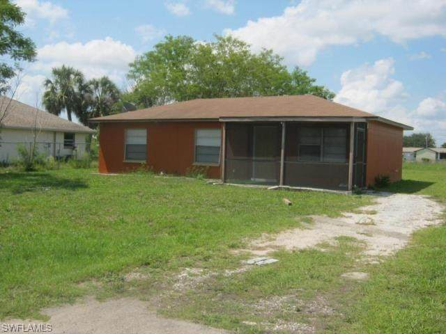 128 Stetson Street, Lehigh Acres, FL 33936 (MLS #221034581) :: Clausen Properties, Inc.
