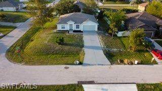 1323 SW 35th Street, Cape Coral, FL 33914 (MLS #221034664) :: Coastal Luxe Group Brokered by EXP