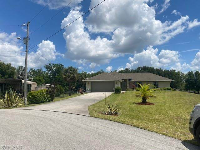 3610 Valmora Court, Lehigh Acres, FL 33976 (MLS #221035054) :: Coastal Luxe Group Brokered by EXP