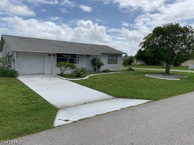 10729 Figtree Court, Lehigh Acres, FL 33936 (MLS #221036381) :: RE/MAX Realty Team