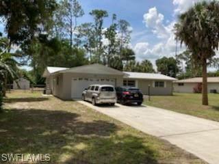 211 Lake Avenue, Lehigh Acres, FL 33936 (#221036531) :: Southwest Florida R.E. Group Inc