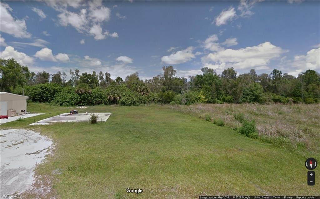 4730 Knollwood Drive - Photo 1