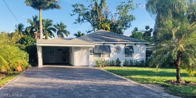 49 Estate Drive, North Fort Myers, FL 33917 (MLS #221038912) :: Premiere Plus Realty Co.
