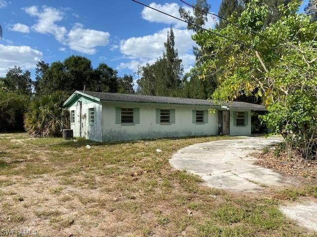 4060 Coronado Street, Estero, FL 33928 (#221040369) :: Caine Luxury Team
