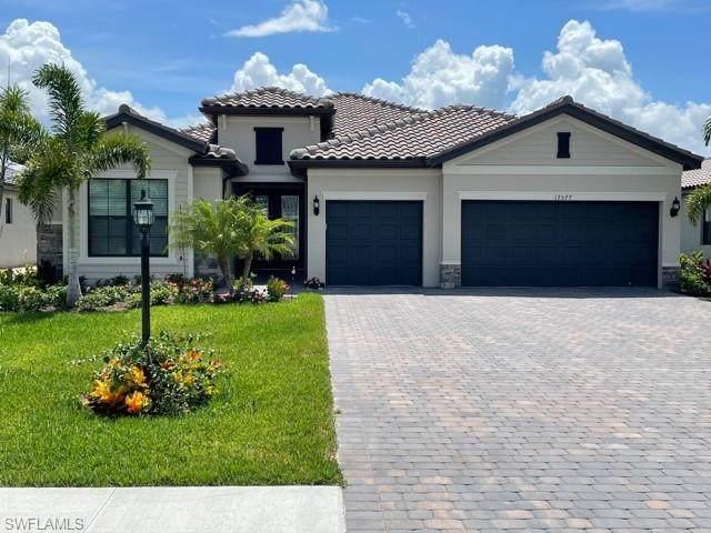 17577 Kinzie Lane, Estero, FL 33928 (#221041615) :: Southwest Florida R.E. Group Inc