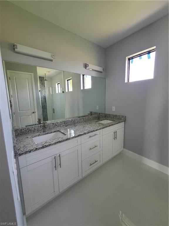 1416 NE 9th Avenue, Cape Coral, FL 33909 (MLS #221043147) :: Avantgarde