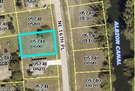 3720 NE 16th Place, Cape Coral, FL 33909 (#221043390) :: We Talk SWFL