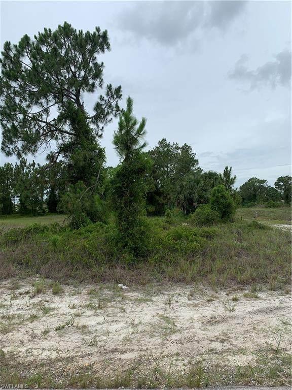 3102 Ruth Avenue S, Lehigh Acres, FL 33976 (MLS #221044751) :: Realty World J. Pavich Real Estate