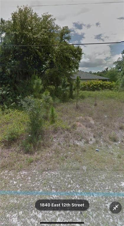 1840 E 12th Street, Lehigh Acres, FL 33972 (MLS #221044947) :: Avantgarde