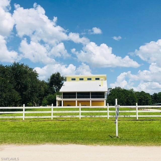 11751 Shawnee Road, Fort Myers, FL 33913 (MLS #221045172) :: Premiere Plus Realty Co.