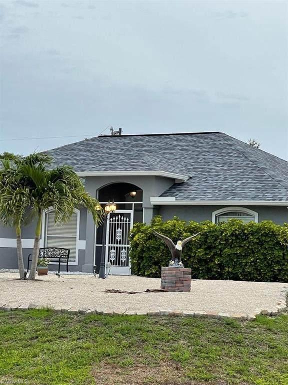 1010 NW 5th Place, Cape Coral, FL 33993 (#221045832) :: The Dellatorè Real Estate Group