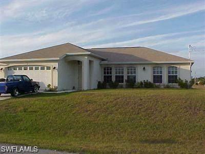 4212 10th Street W, Lehigh Acres, FL 33971 (MLS #221046318) :: Team Swanbeck