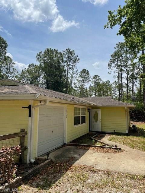 20540 Fern Circle, North Fort Myers, FL 33917 (MLS #221050741) :: Crimaldi and Associates, LLC