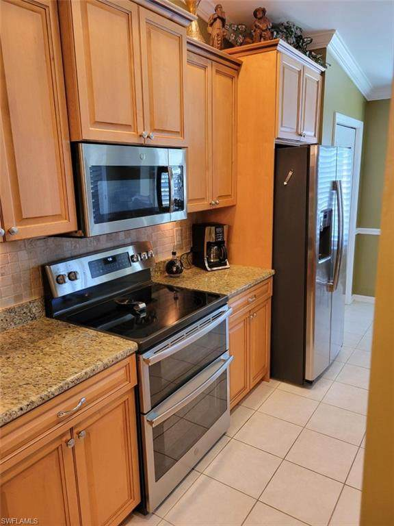 8067 Queen Palm Lane #624, Fort Myers, FL 33966 (MLS #221050813) :: Waterfront Realty Group, INC.