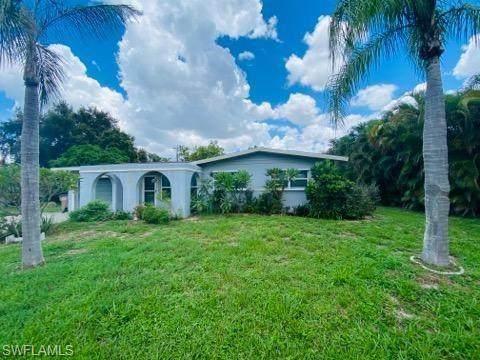 735 Sharar Court, Cape Coral, FL 33904 (MLS #221052792) :: RE/MAX Realty Team