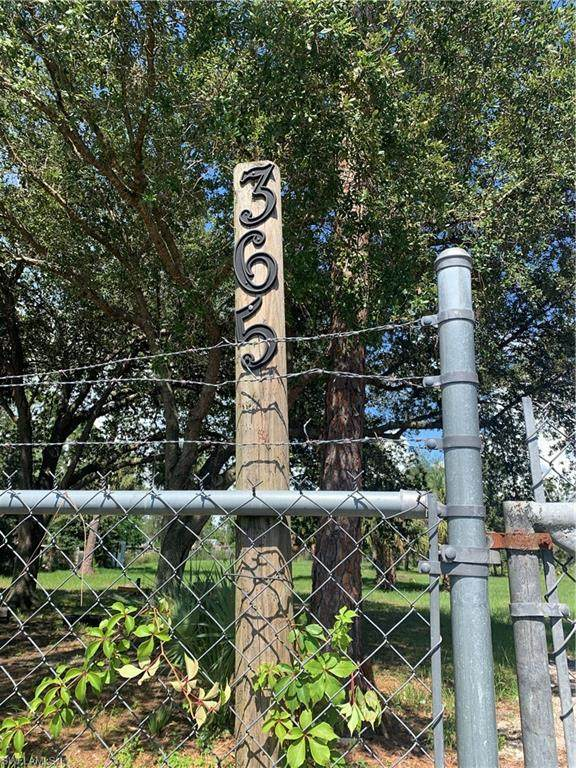 365 S Quebrada, MONTURA RANCHES, FL 33440 (#221052931) :: Southwest Florida R.E. Group Inc