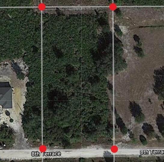 7572 8th Terrace, Labelle, FL 33935 (MLS #221053817) :: Domain Realty